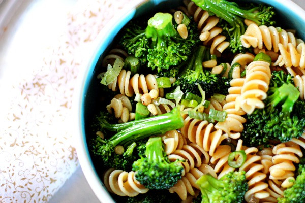 Healthy Broccoli Pasta Salad  Easy Broccoli Pasta Salad
