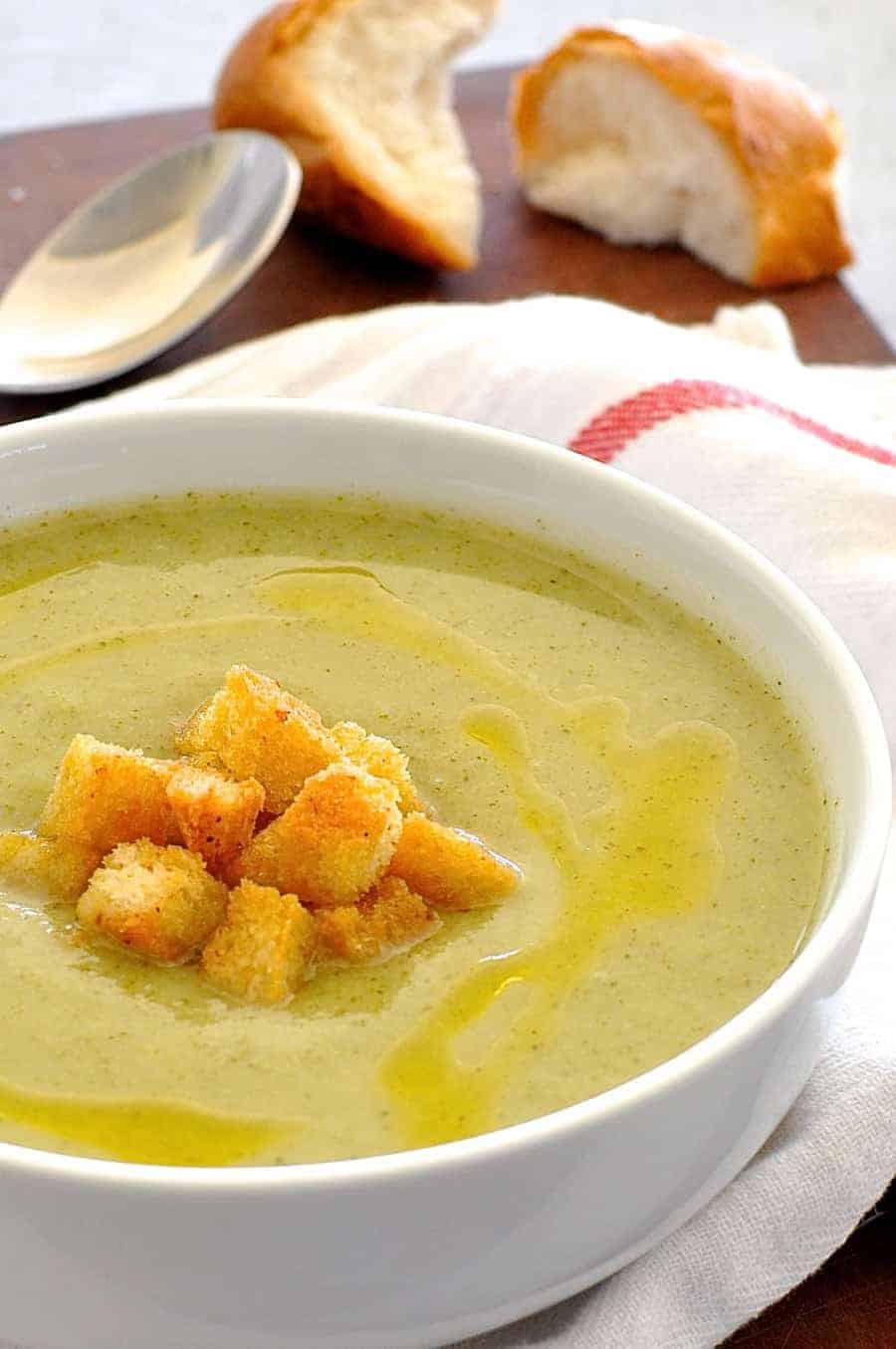 Healthy Broccoli Soup  Creamy Healthy Broccoli Soup