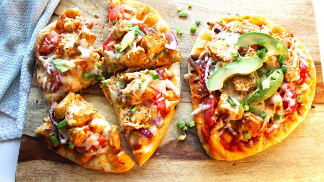 Healthy Buffalo Chicken Pizza  food Archives Down Home Damsel
