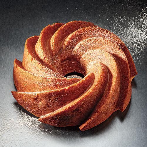 Healthy Bundt Cake Recipes  Apple Cinnamon Bundt Cake 51 Beautiful Holiday Desserts