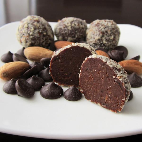 Healthy Candy Snacks  Healthy Chocolate Truffle Snacks Paleo Gluten Free