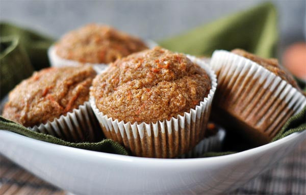 Healthy Carrot Cake Recipe With Applesauce  Healthy Applesauce Carrot Muffins