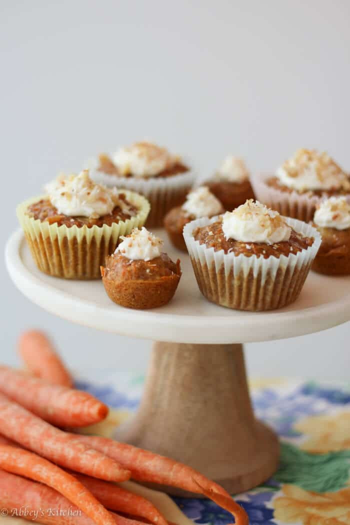 Healthy Carrot Cupcakes  Healthy Carrot Cake Cupcakes with Yogurt Cream Cheese Frosting