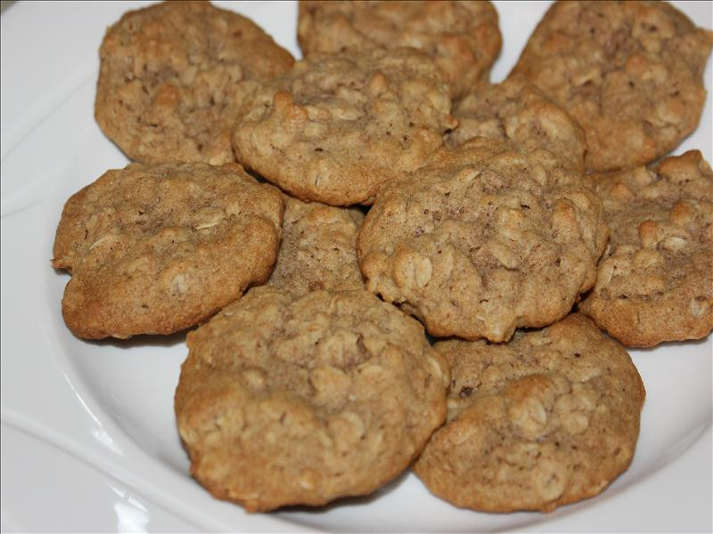 Healthy Chewy Oatmeal Cookies  Healthy & Chewy Old Fashioned Oatmeal Cookies Busy Mom