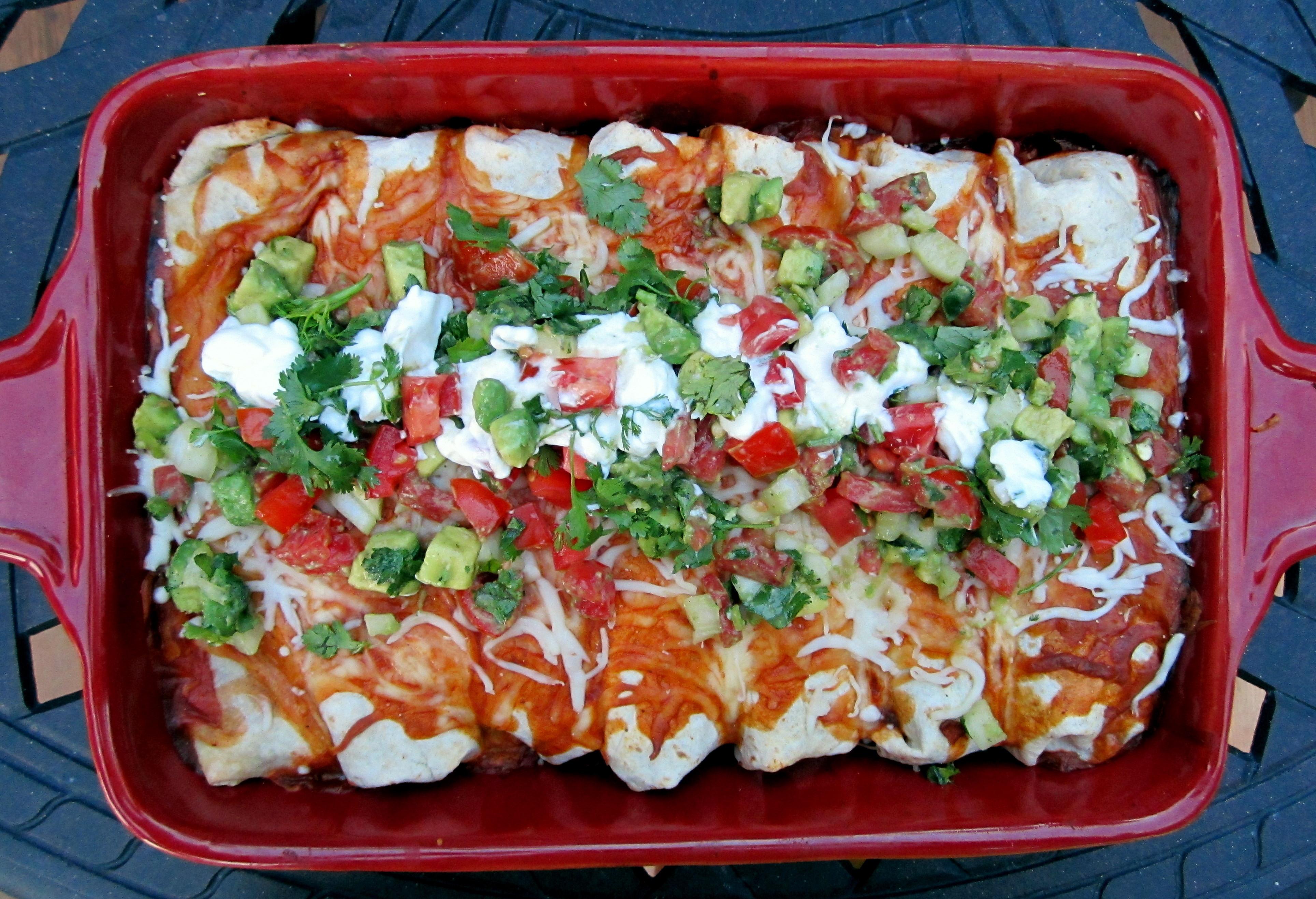 Healthy Chicken And Black Bean Enchiladas  Black Bean Chicken Enchiladas with Spicy Avocado Tomato