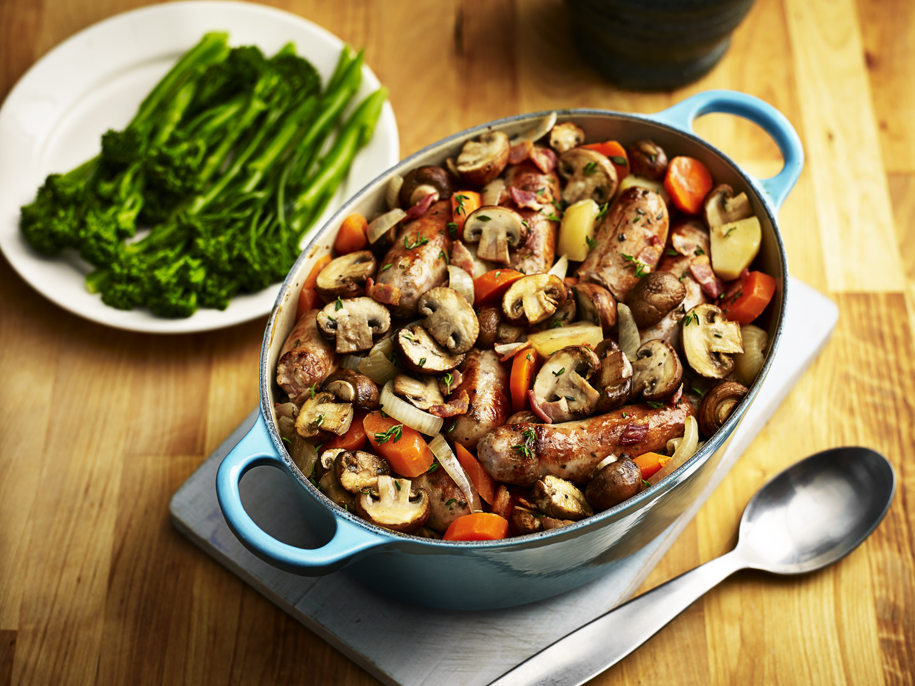Healthy Chicken And Mushroom Casserole  VegMasterclass Mushroom and sausage casserole Healthy