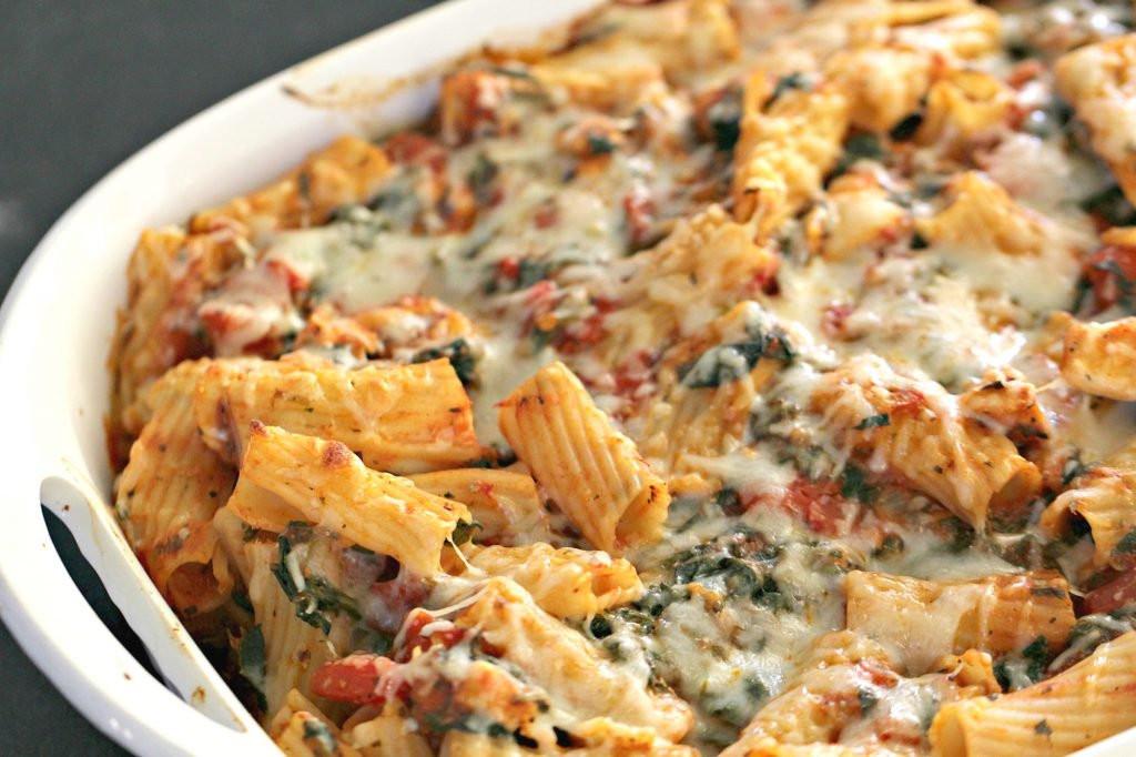 Healthy Chicken And Spinach Casserole  Chicken and Spinach Pasta Casserole