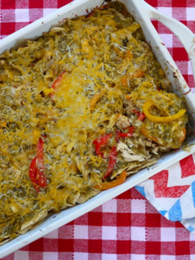 Healthy Chicken Fajita Casserole  Potluck Chicken Fajita Casserole