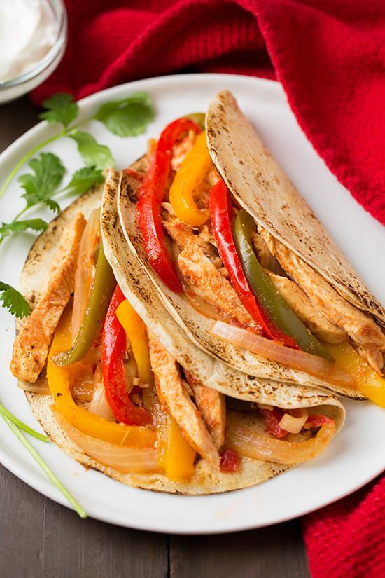 Healthy Chicken Fajitas  Healthy Crockpot Recipes Weekly Meal Plan Rainbow Delicious
