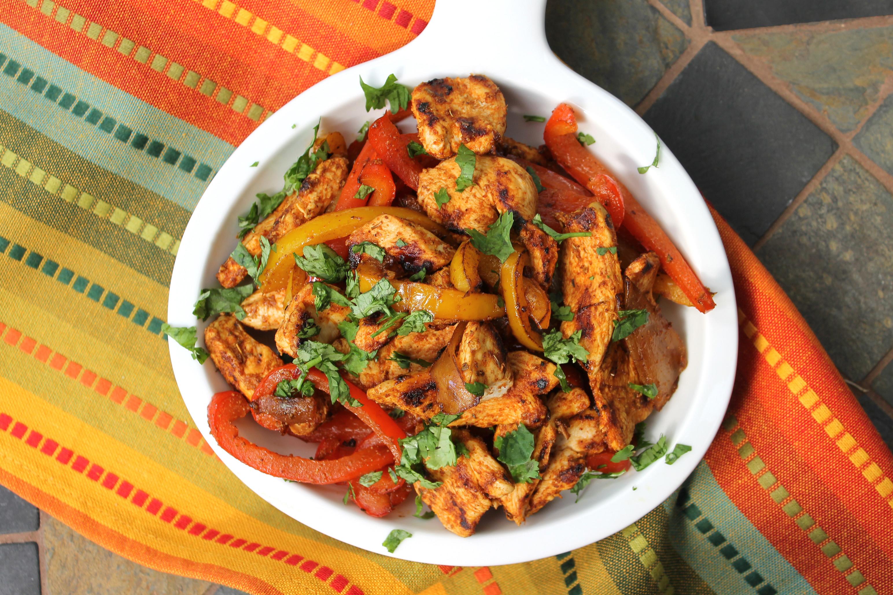 Healthy Chicken Fajitas  40 Healthy Chicken Recipes For The Entire Family
