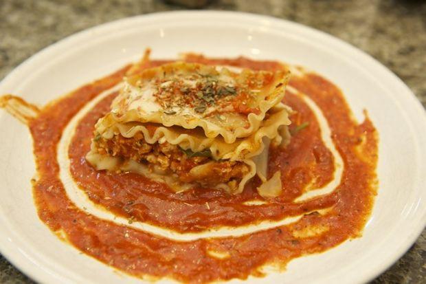Healthy Chicken Lasagna  Healthy Chicken Lasagna