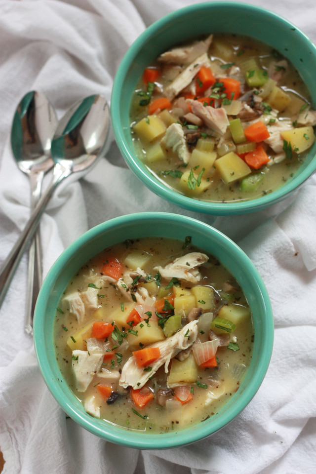 Healthy Chicken Pot Pie Soup  Chicken Pot Pie Soup