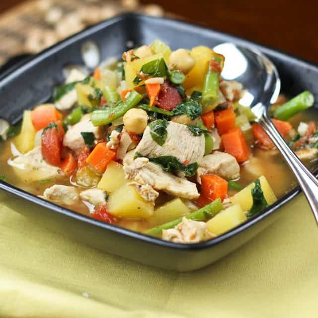 Healthy Chicken Vegetable Soup  Healthy Chicken Ve able Soup