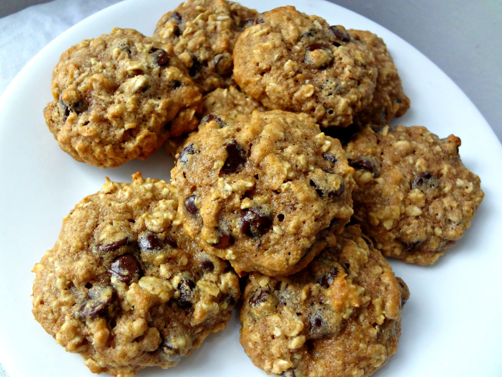 Healthy Chocolate Chip Cookies With Applesauce  The Cooking Actress Healthy Oatmeal Chocolate Chip Cookies