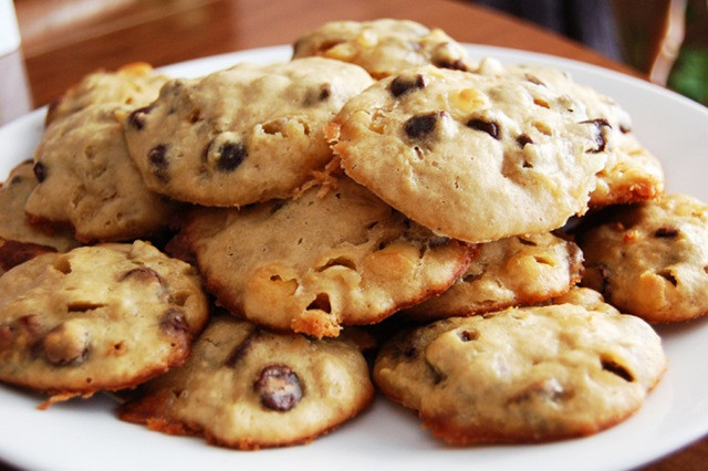 Healthy Chocolate Chip Cookies With Applesauce  Chocolate Chip Cookies Baked with Applesauce Soupbelly