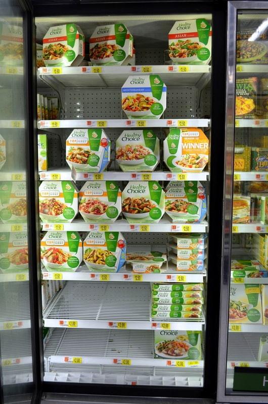Healthy Choice Crustless Chicken Pot Pie  Fruit Salsa Yogurt Cups