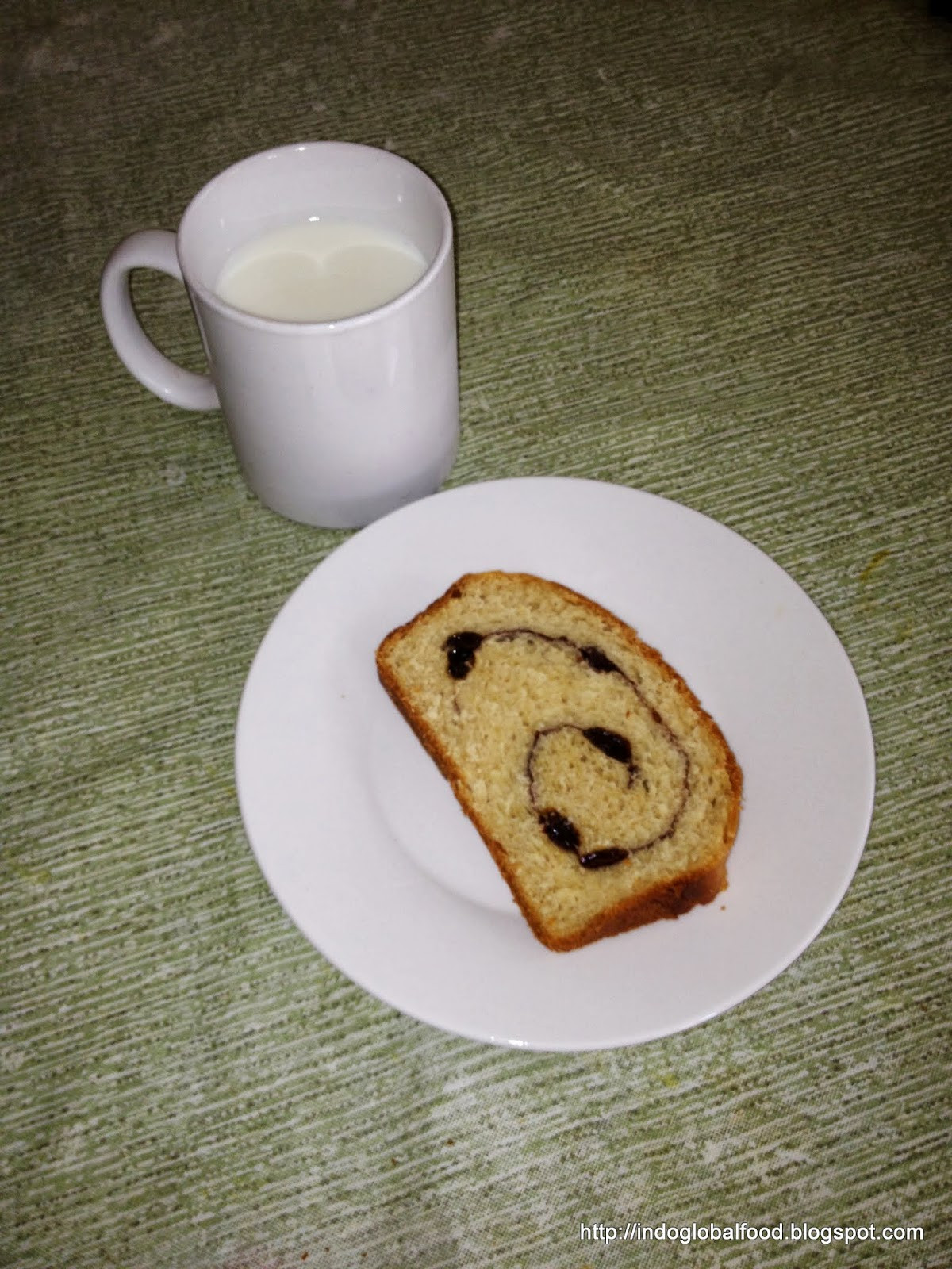 Healthy Cinnamon Raisin Bread  Simple and Healthy Wheat Flour Cinnamon Raisin Bread