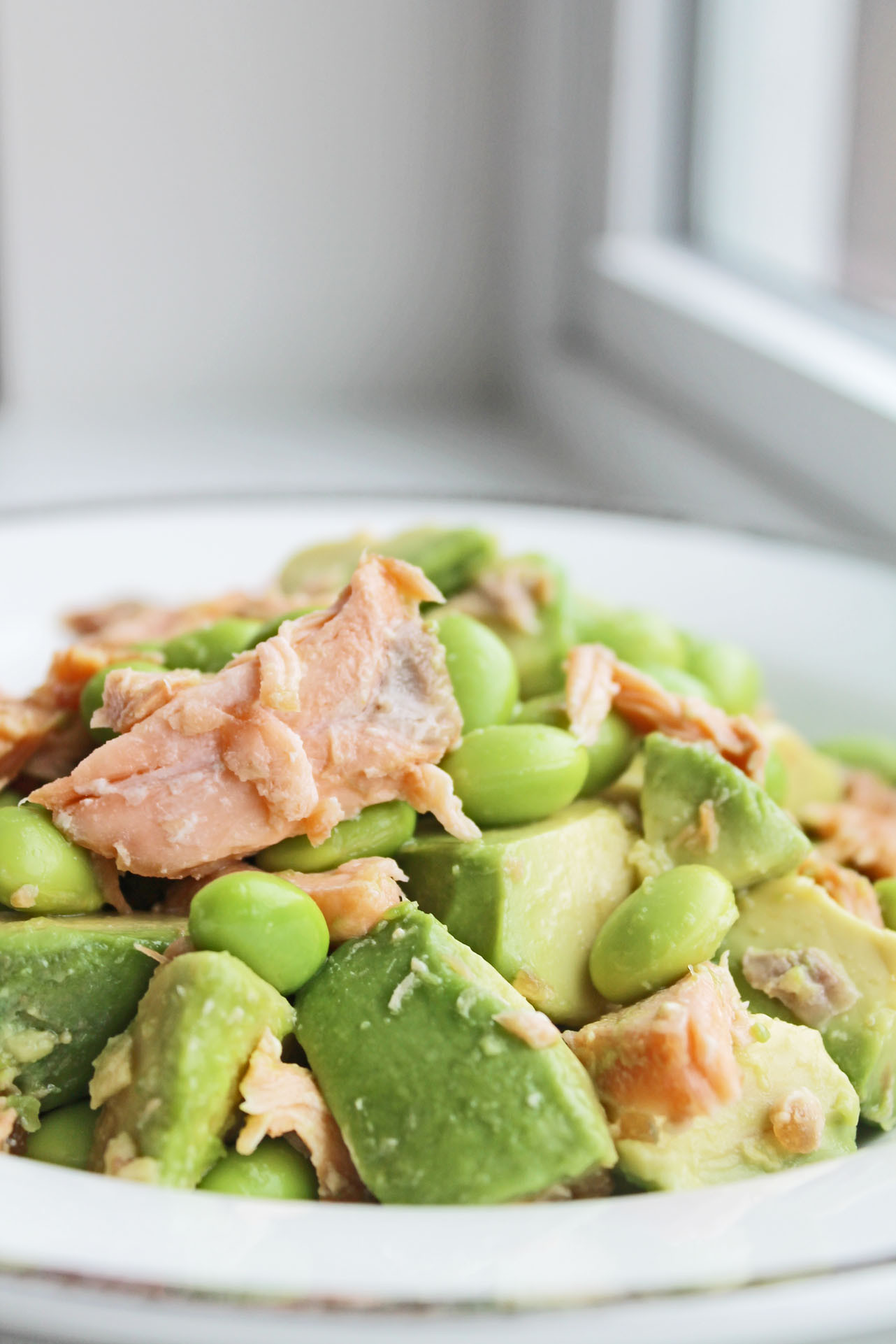 Healthy Clean Dinners  Healthy Dinner Option Salmon Avocado Bowl