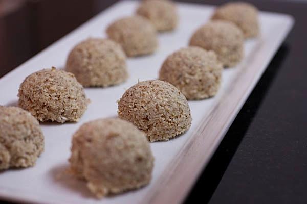 Healthy Coconut Macaroons Recipe  Irresistible Healthy Coconut Macaroons Recipe The Chic Life