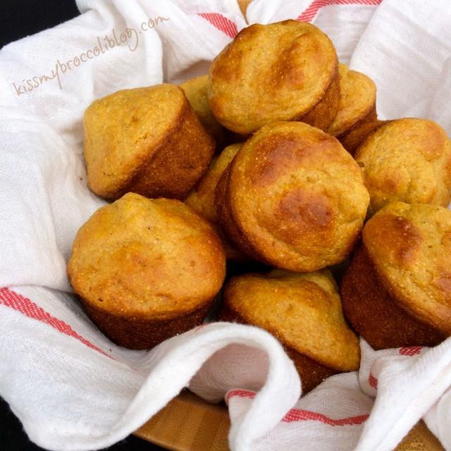 Healthy Cornbread Muffins  healthy cornbread muffins