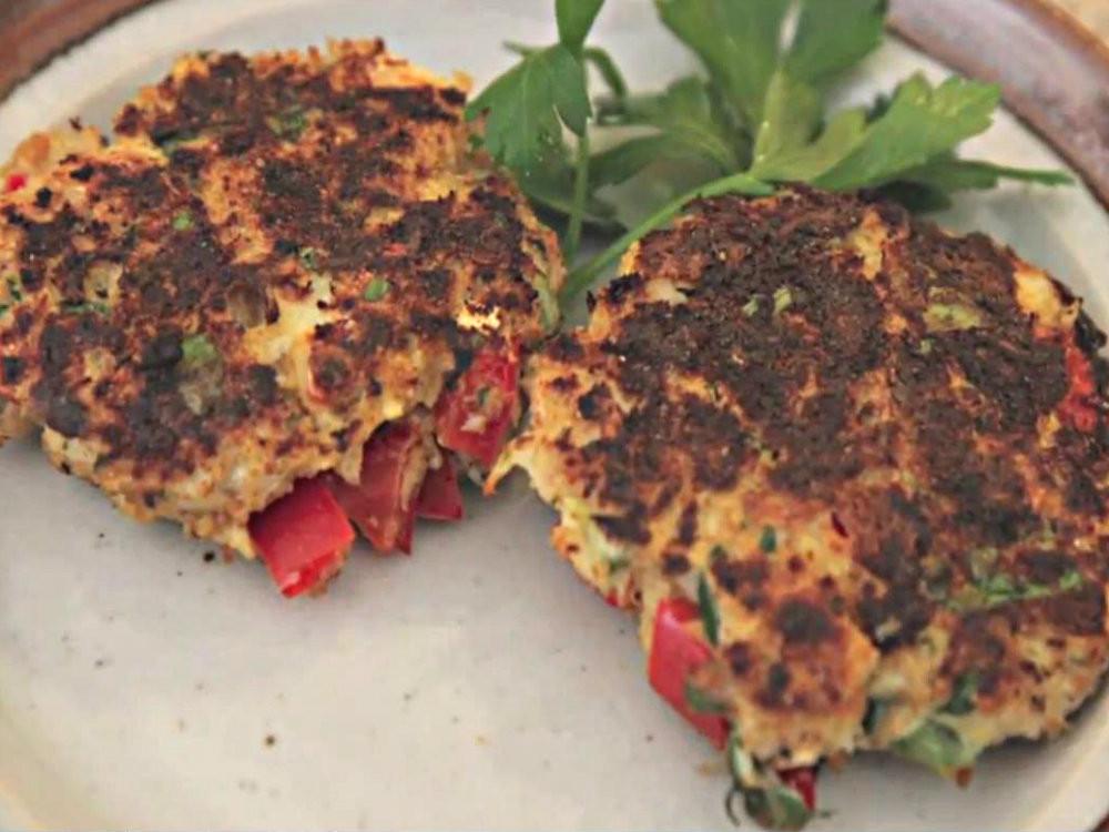 Healthy Crab Cake Recipe  Maryland Crab Cake Superbowl Recipe Healthy Recipe Video