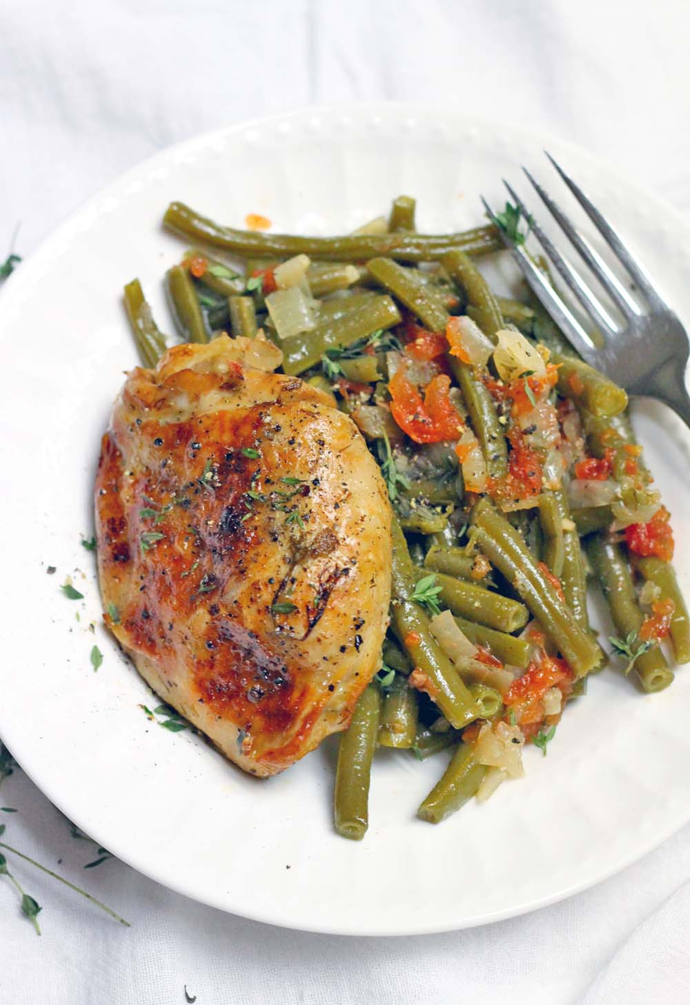 Healthy Crockpot Chicken Thighs  Slow Cooker Greek Style Green Beans and Chicken Thighs