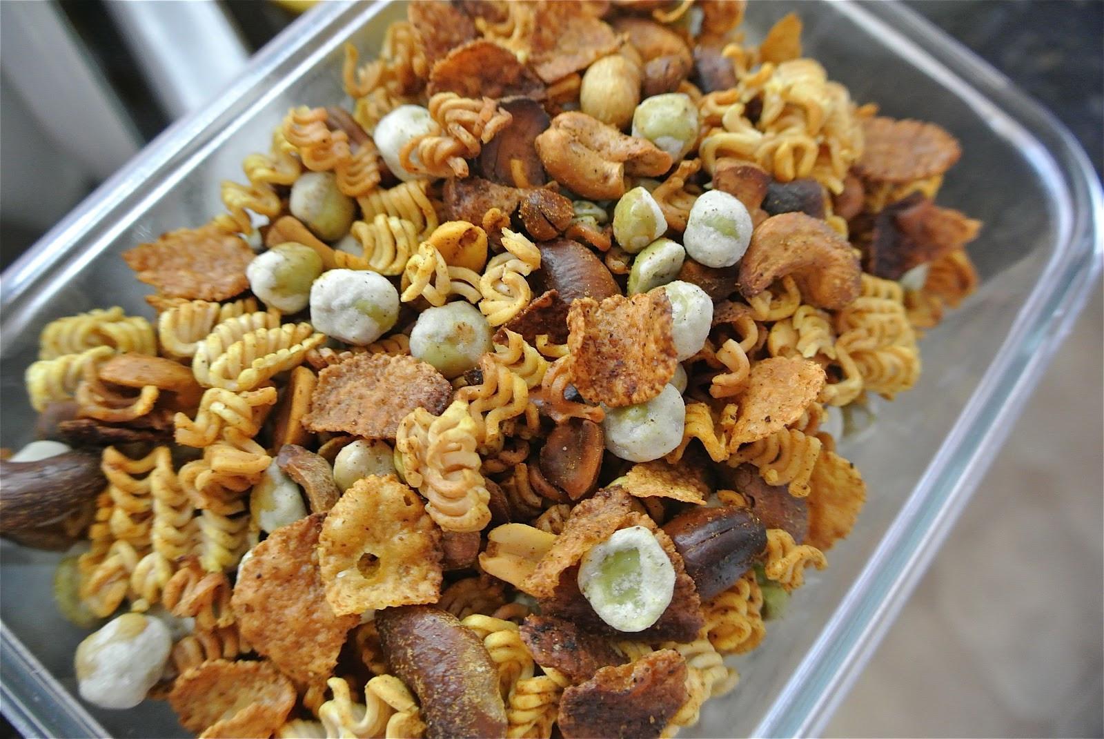 Healthy Crunchy Snacks  Crunchy Ramen Snack Mix Thrifty Thursday
