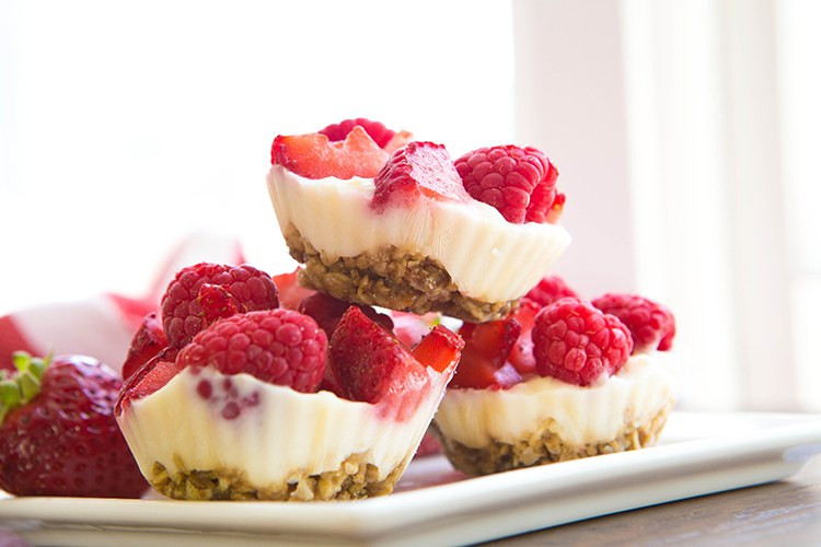 Healthy Dessert Snacks  20 Light And Easy Dessert Recipes for Spring and Summer