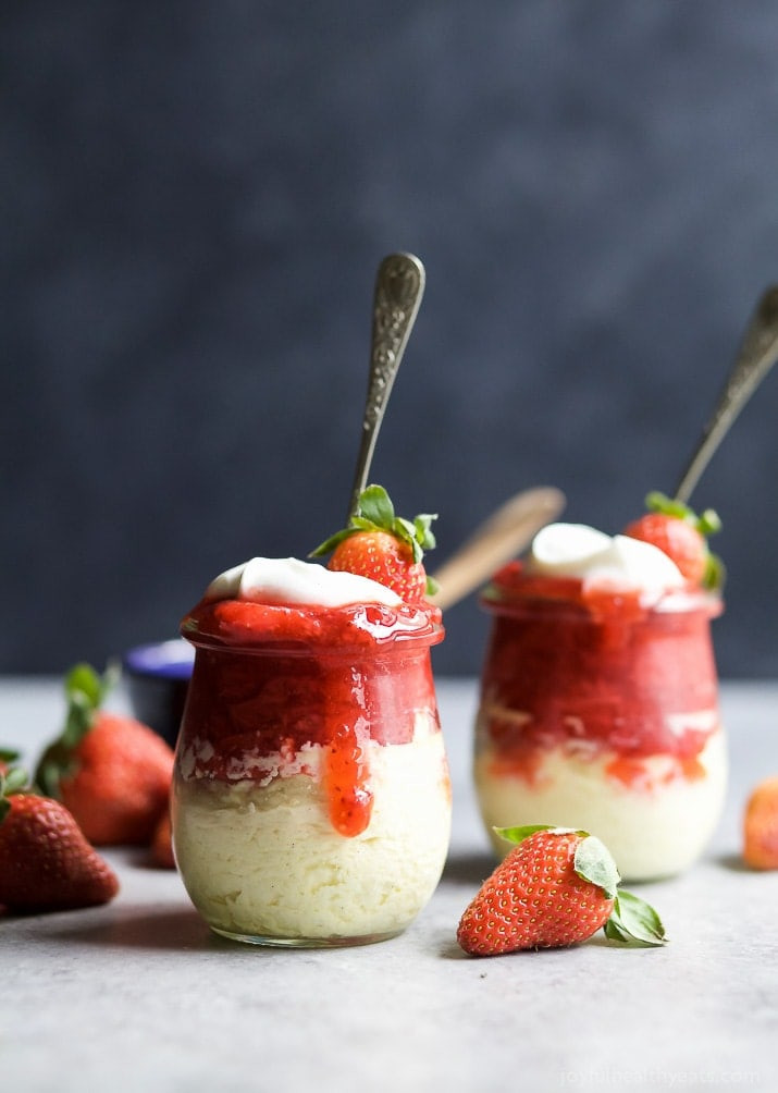 Healthy Desserts For Two  Skinny Cheesecake with Strawberries