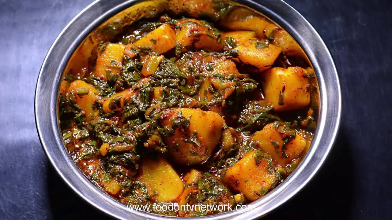 Healthy Dinner Recipes Indian Vegetarian  Aloo Palak Healthy Indian Dinner Recipe