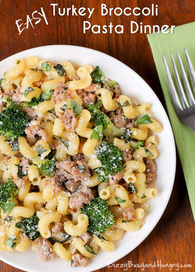 Healthy Dinner Recipes With Ground Turkey  Easy Turkey Broccoli Pasta Dinner