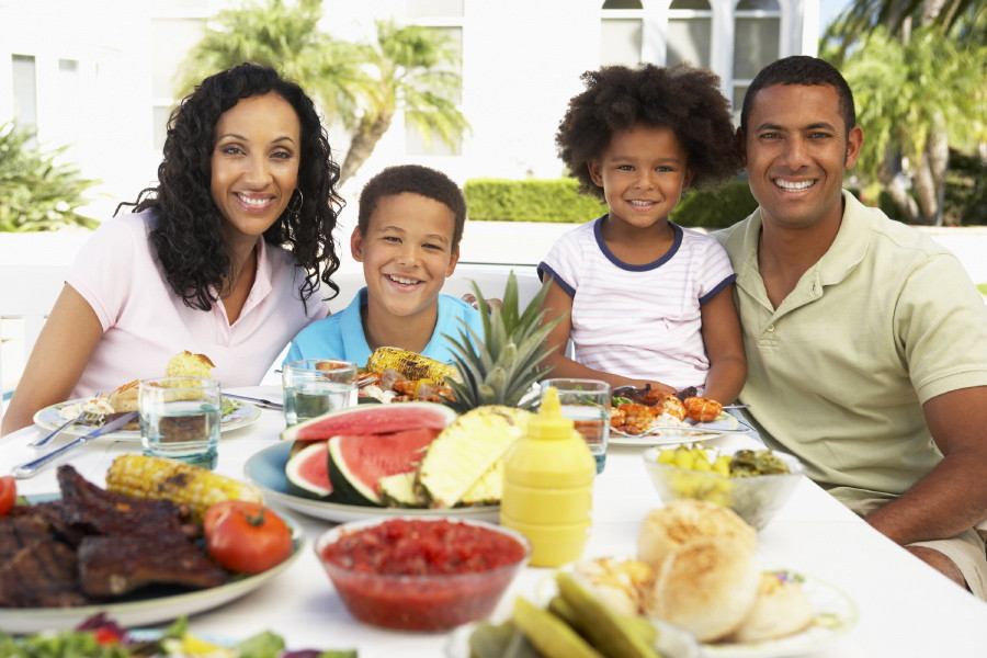 Healthy Dinners Kids Will Eat  Tips to Promote a Healthy Weight in your Kids
