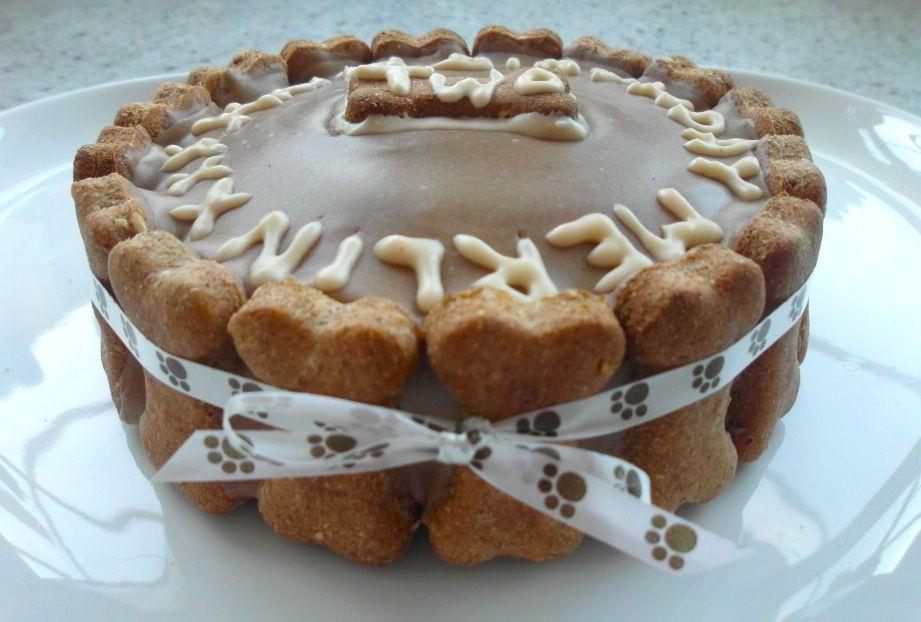 Healthy Dog Birthday Cake Recipes  Dog Birthday Cake Beau Pinterest