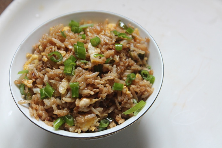 Healthy Egg Fried Rice  Healthy Brown Rice Egg Fried Rice Recipe Yummy Tummy