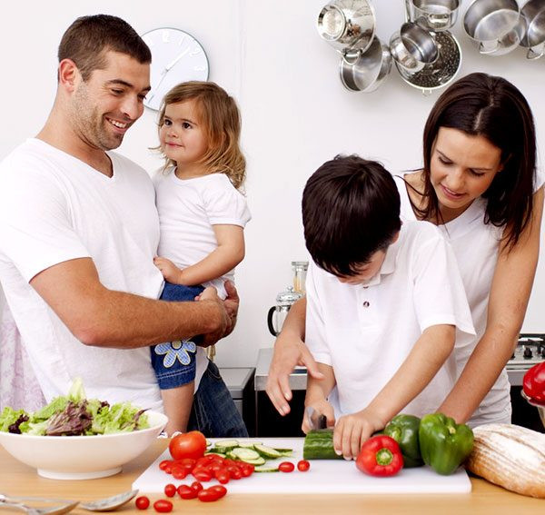 Healthy Family Dinners  Tips to Healthy Family Meals – How Cooking Healthy Family