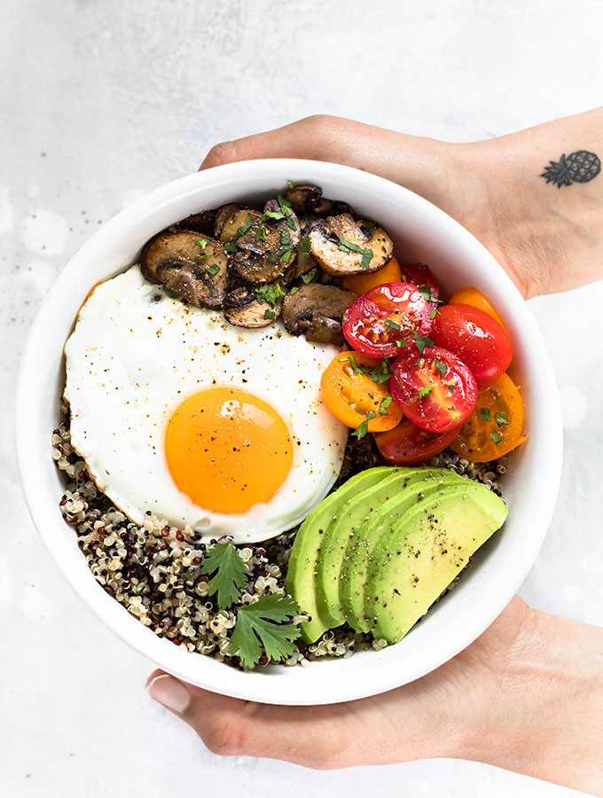 Healthy Food For Breakfast  Healthy Breakfast Bowl with Egg and Quinoa As Easy As