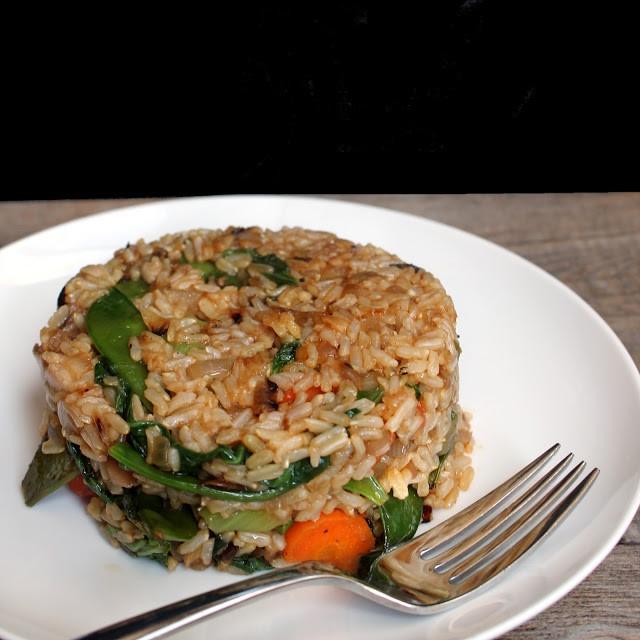 Healthy Fried Brown Rice  healthy fried brown rice