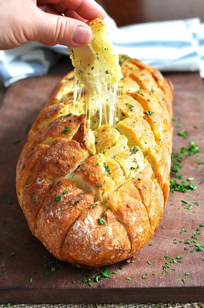 Healthy Garlic Bread Recipe  Pull Apart Cheesy Garlic Bread – Best Fast Healthy Super