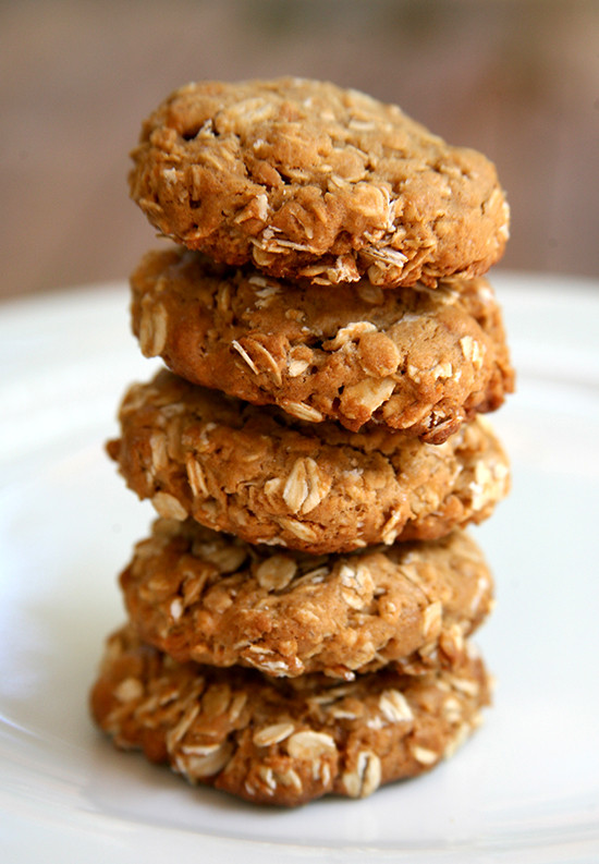 Healthy Gluten Free Oatmeal Cookies  They re made with gluten free oats and a handful of other