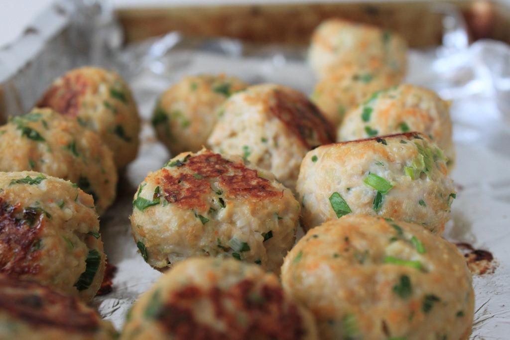 Healthy Ground Turkey Meatballs  Baked turkey meatballs