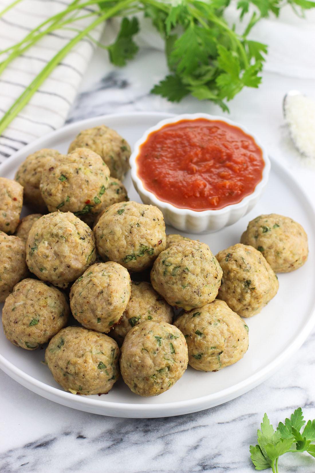 Healthy Ground Turkey Meatballs  Italian Baked Turkey Meatballs