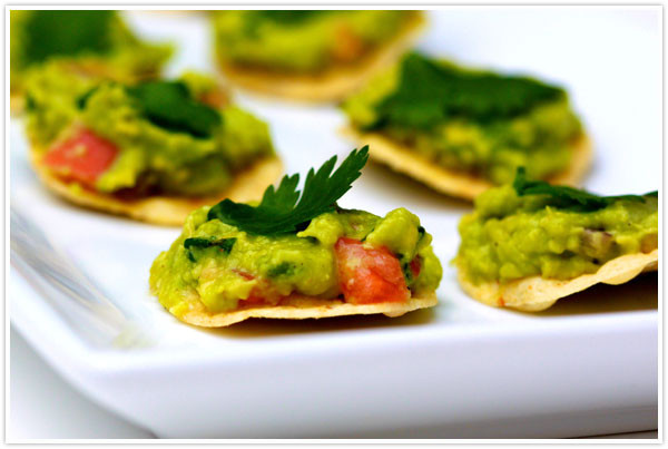 Healthy Guacamole Snacks  Bundts of Steel Super Bowl= Super Snacks
