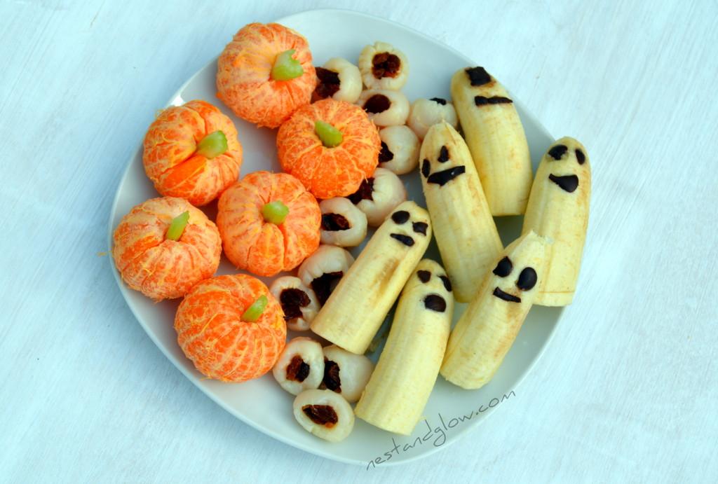 Healthy Halloween Snacks  Healthy Halloween Treats Lychee Eyeballs Banana Ghosts