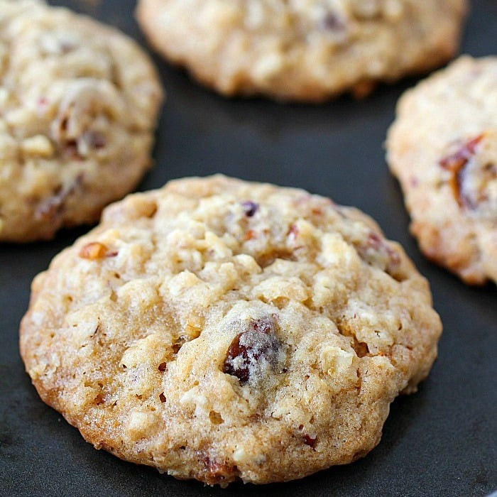 Healthy Homemade Oatmeal Cookies  Soft & Chewy Oatmeal Date Cookies Yummy Healthy Easy