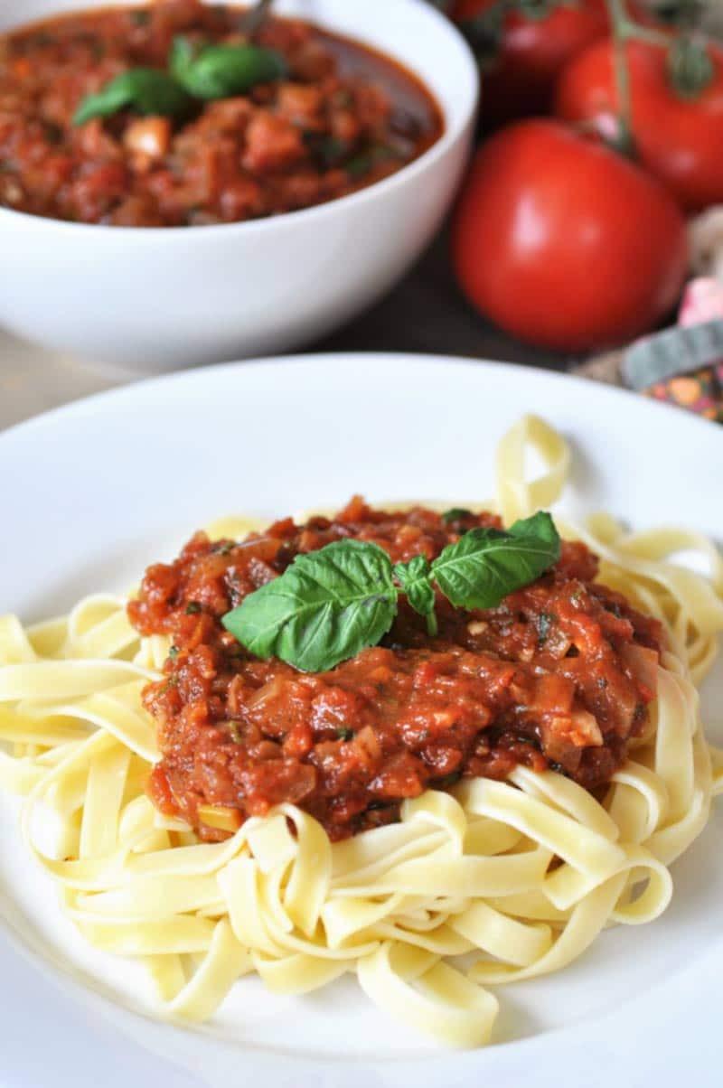 Healthy Homemade Pasta  Healthy and Easy Homemade Pasta Sauce Veganosity