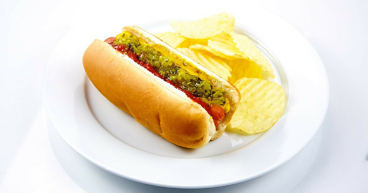 Healthy Hot Dogs  Dr Oz Hot Dog History How It s Made & Healthy Frankfurters