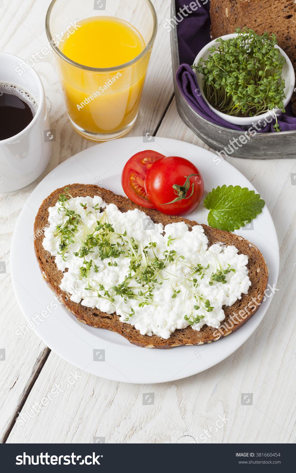 Healthy Low Fat Breakfast  Healthy Spring Summer Low Fat Breakfast Stock