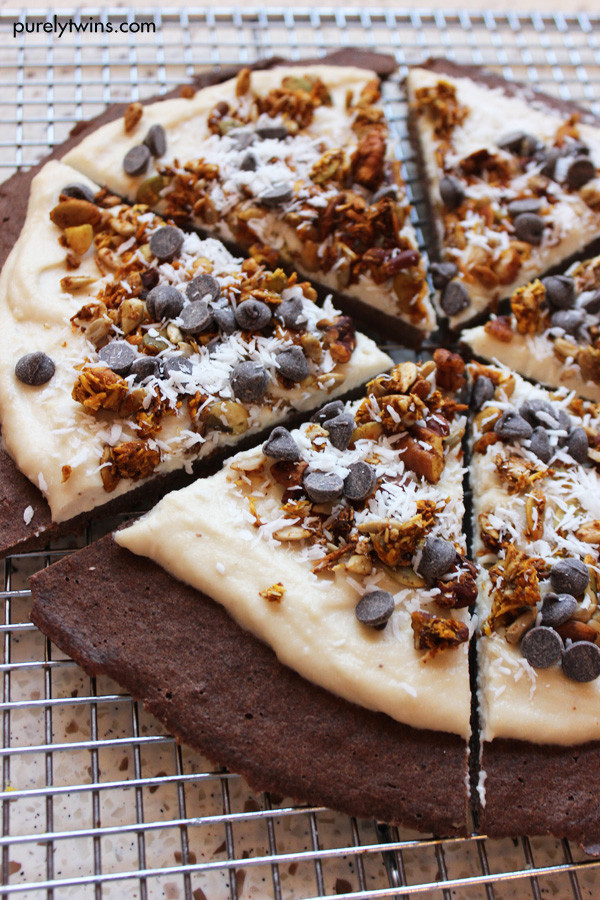 Healthy Low Sugar Desserts  dessert pizza dough