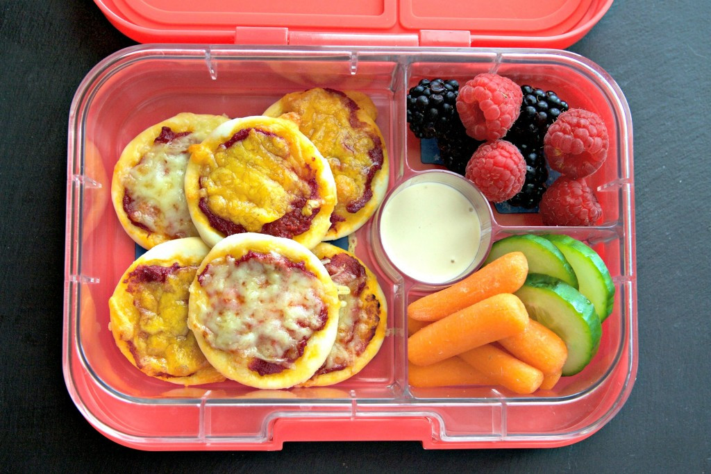 Healthy Lunches For Picky Eaters  Mini Pizza Recipe the perfect picky eater meal Yumbox