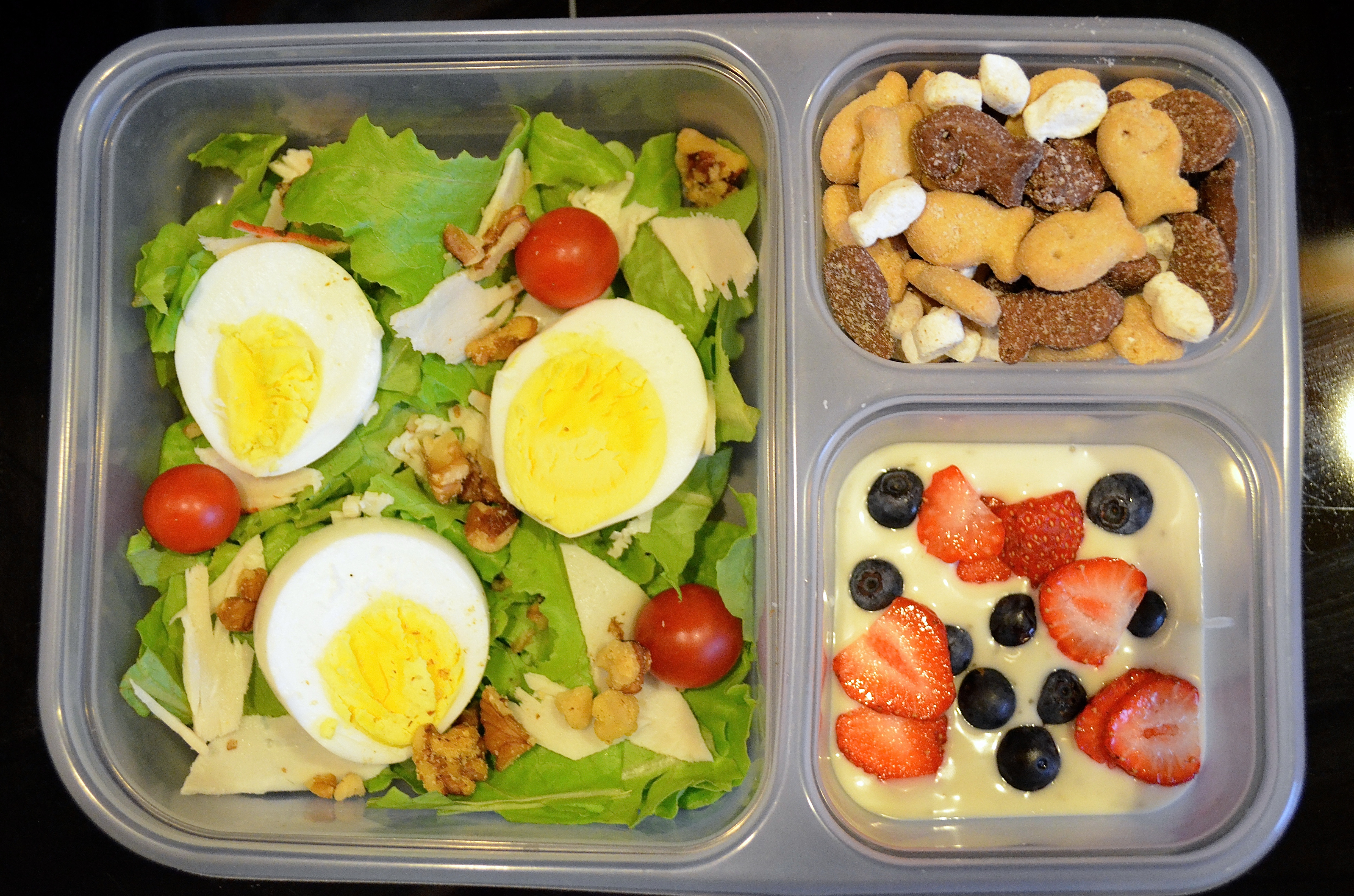 Healthy Lunches For Teachers  Healthy Salad Bento Box Back to School Lunch Idea